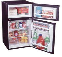 Curatarea frigiderului, cum si cu ce se curata un frigider?